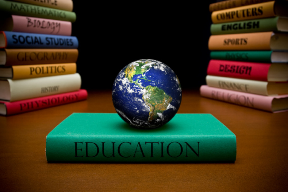 Distance Learning Definition and Characteristics